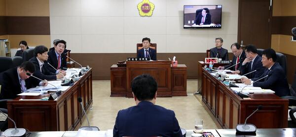 2019년도 상수도사업본부 행정사무감사 사진