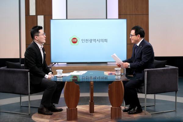 이용범 의장 OBS 경인TV Zoom-In 인터뷰 대표 이미지